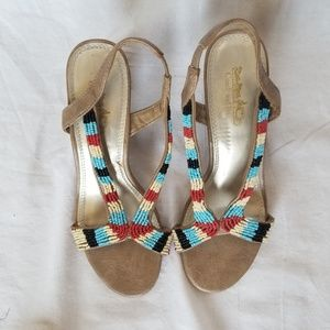 COACH AND FOUR BEATRICE BEEDED SANDALS SIZE 7